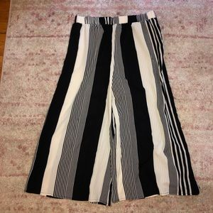 Black And White Striped Culotte Pants